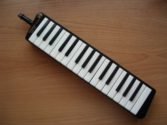 A melodica, courtesy of Wikimedia Commons